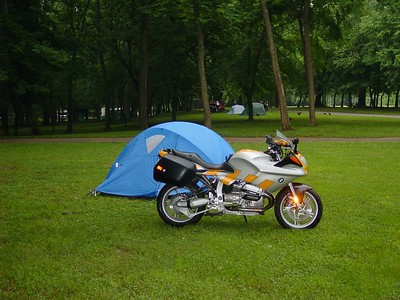 Dingo Joe's R1100S and tent