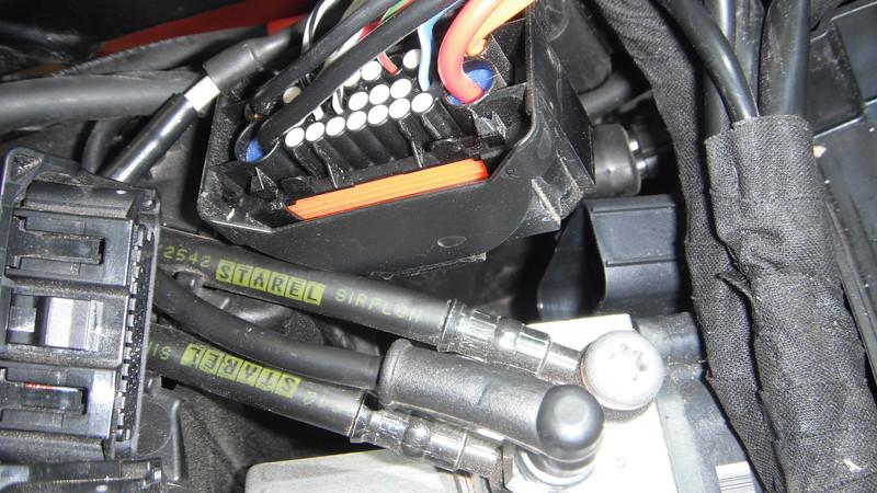 ABS ECM connector