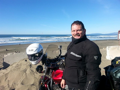 Here I am in my REVIT! Defender Gore Tex jacket at a San Fransisco beach. https://www.youtube.com/watch?v=KsX1K61UN7A