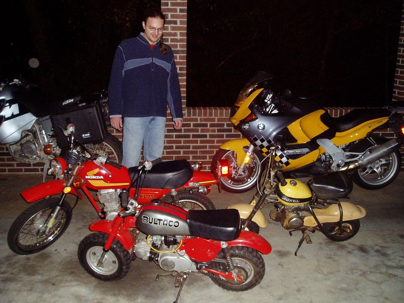 A nice little bike family (mine is the Daddy bike, of course).