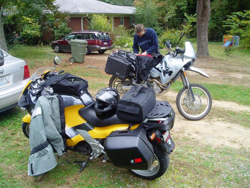 Met up with Dizave in NC, and we headed west together where the good roads are.