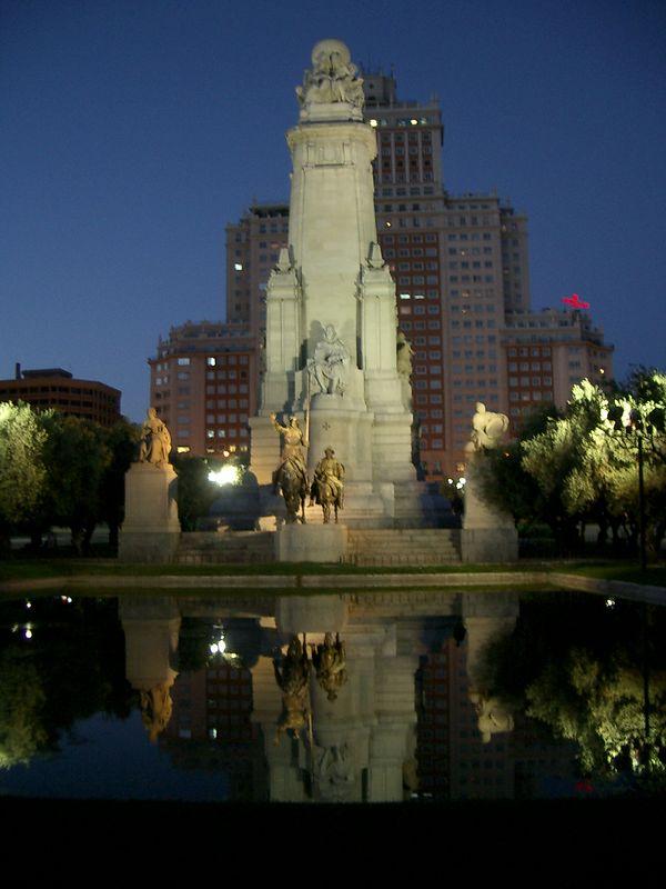 Plaza de Espania in Madrid