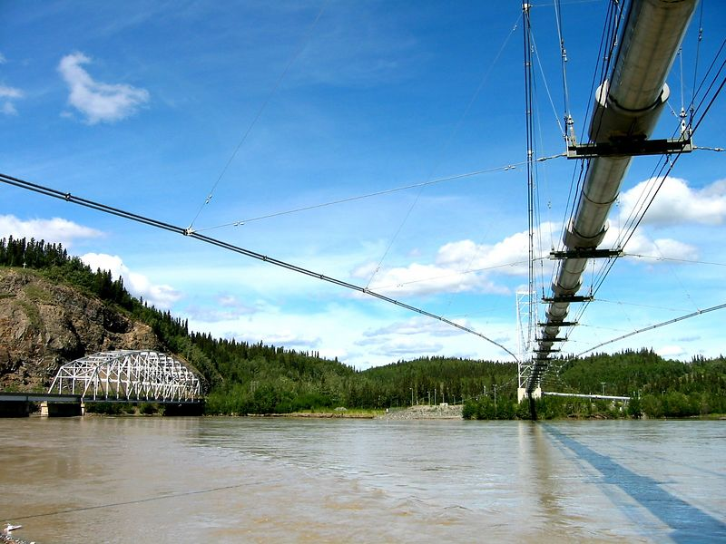 Tanana pipeline crossing.