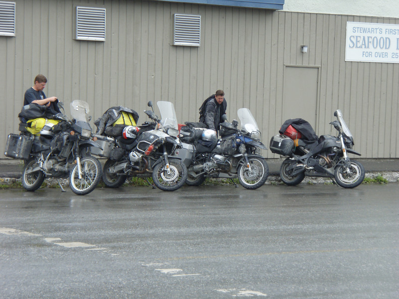 Stopping for lunch in Stewart