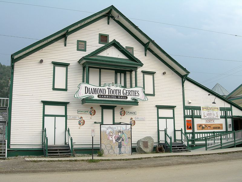 The famous Diamond Tooth Gerties. I came back here after dinner.