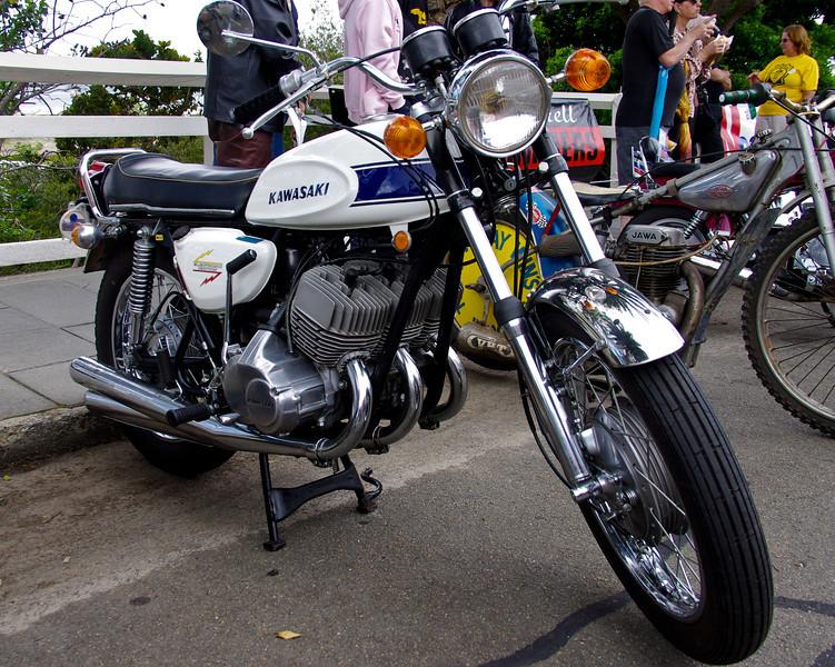 1969 HI Kawasaki