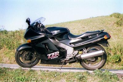 Kawasaki ZZR1100 C2