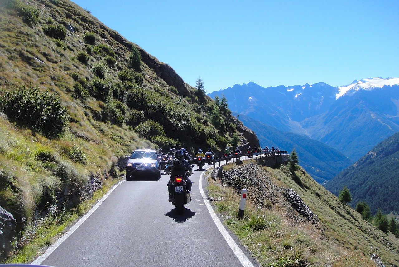 Sunday rush hour on the south side of Passo di Gavia - Italy (this side was always dirt until a few years back - we still rode it then)