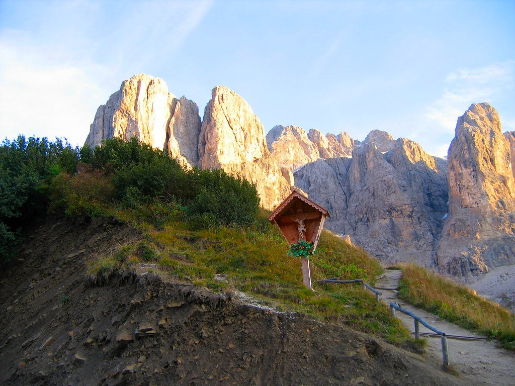 Everywhere you look the Dolomites are just beautiful - Passo di Gardena Italy