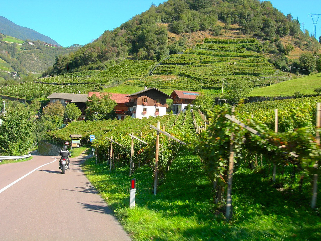 From barren rocks atop the Timmelsjoch to lush vineyards outside Merano - a quick ride away