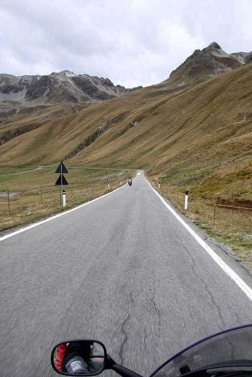 I know - you can never have too many pictures of the Stelvio pass - going down the south side - Italy