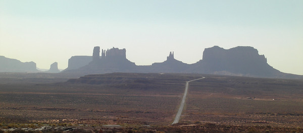 Nov 6, 2007, @  2pm, approaching Monument Valley on US 163
