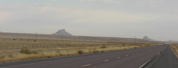 """nov 6, 2007. 7:50am, temp was 28 degrees.  US 491 (old US 666 - """"the Devil's Highway""""), north of Gallup, NM heading for Shiprock."""
