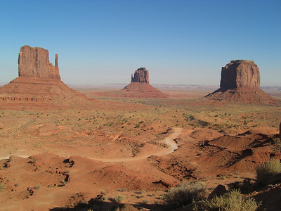 Nov 6, 2007, @  2pm,  Monument Valley  Navaho Tribal Park,  The Mitten Buttes