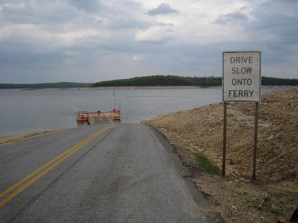 Way ahead of schedule, we diverted from our original flight plan to take the ferry across Bull Shoals lake