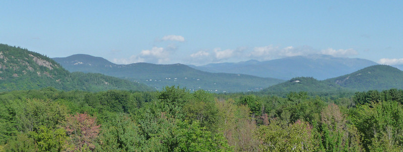 Telephoto view from same area, better view of Mt. Washington.