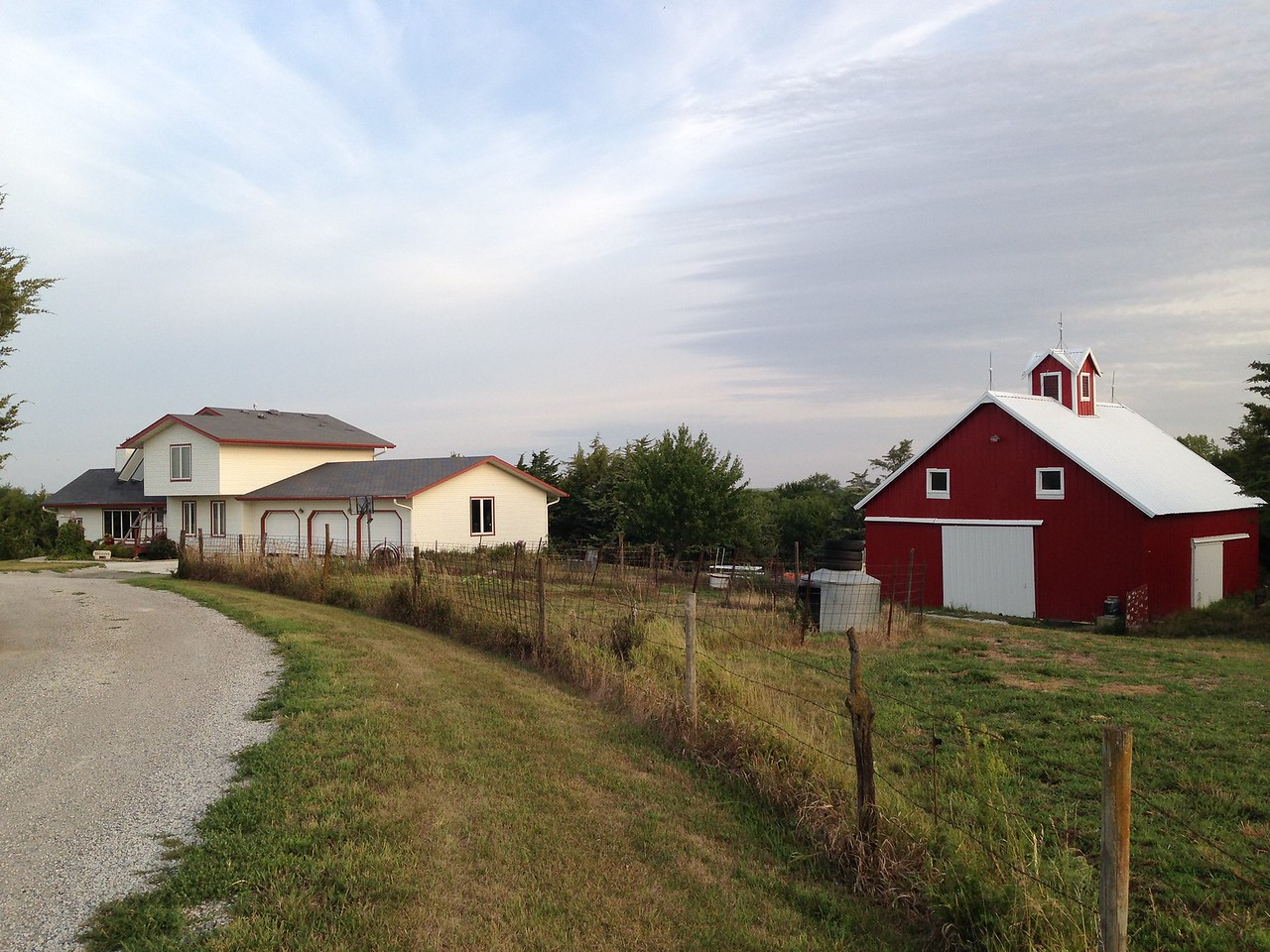 After crossing Illinois and northern Missouri, I came through some torrential rains to Beatrice, Nebraska: farmhouse of Kristin, my Air BnB host for the night before the eclipse. Nebraska was hopping! Bill Nye the Science Guy was even in Beatrice for the event!