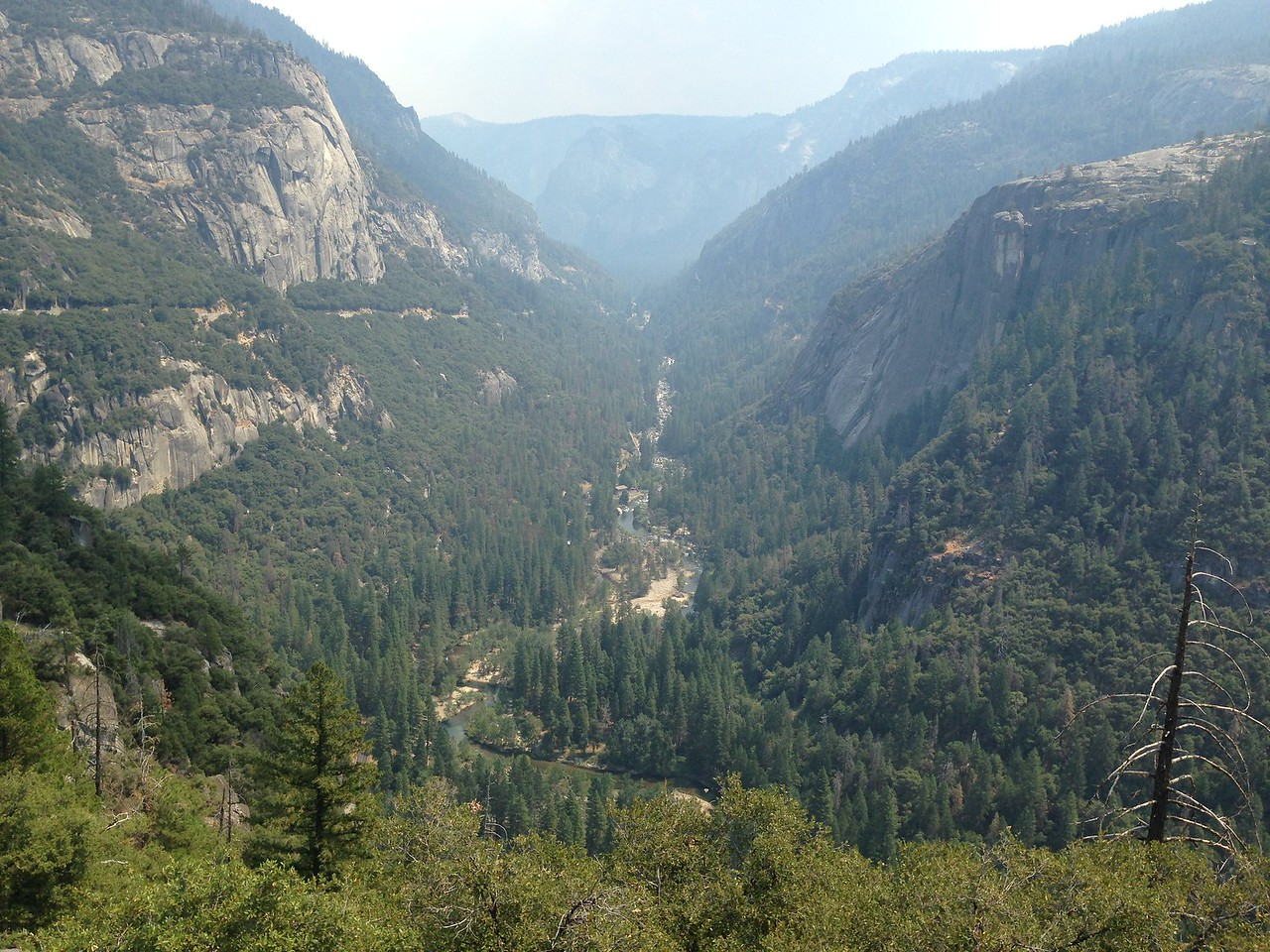 (Wider view of canyon)