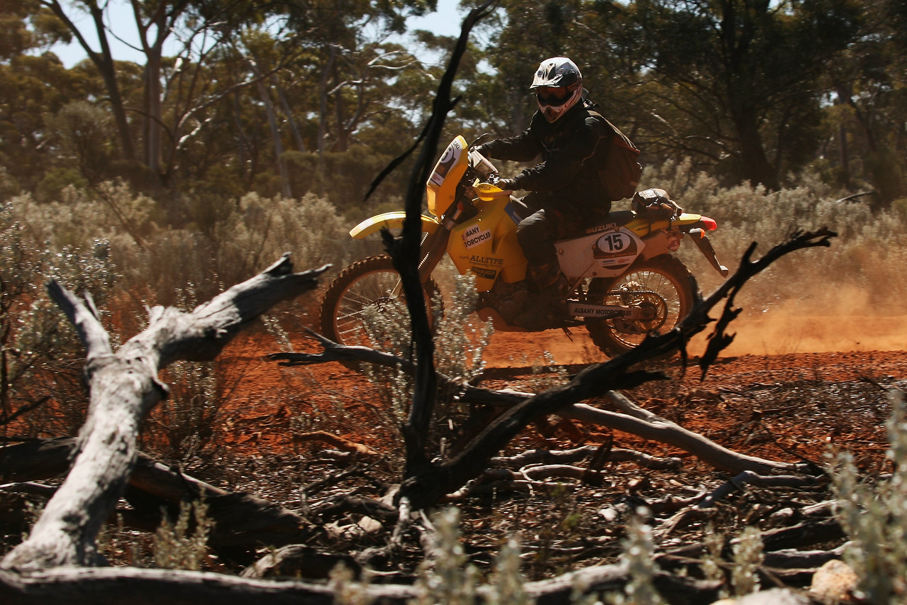 Western Australia, Bungalbin Hill North 31st August 2007:  SS 29 Jaurdi Day 8 The internationally renowned Australian Safari is Australia's ultimate off road adventure with competitors, on both four and two wheels, traversing over 5,500 kilometer of grueling outback terrain over nine days. (Photo by Sabine Albers)