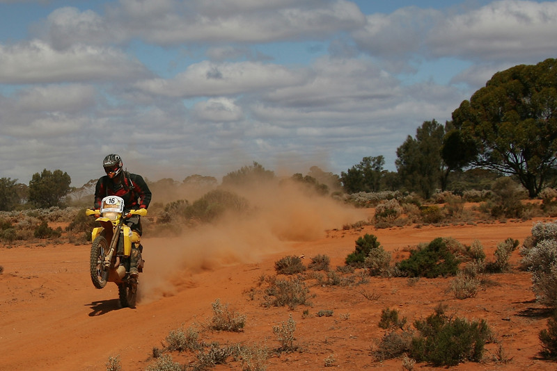 Western Australia,  Meekatharra 30th August 2007:  SS 24 Goongarrie Day 7 The internationally renowned Australian Safari is Australia's ultimate off road adventure with competitors, on both four and two wheels, traversing over 5,500 kilometer of grueling outback terrain over nine days. (Photo by Sabine Albers)