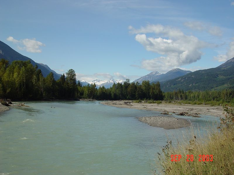 12 River and mountains