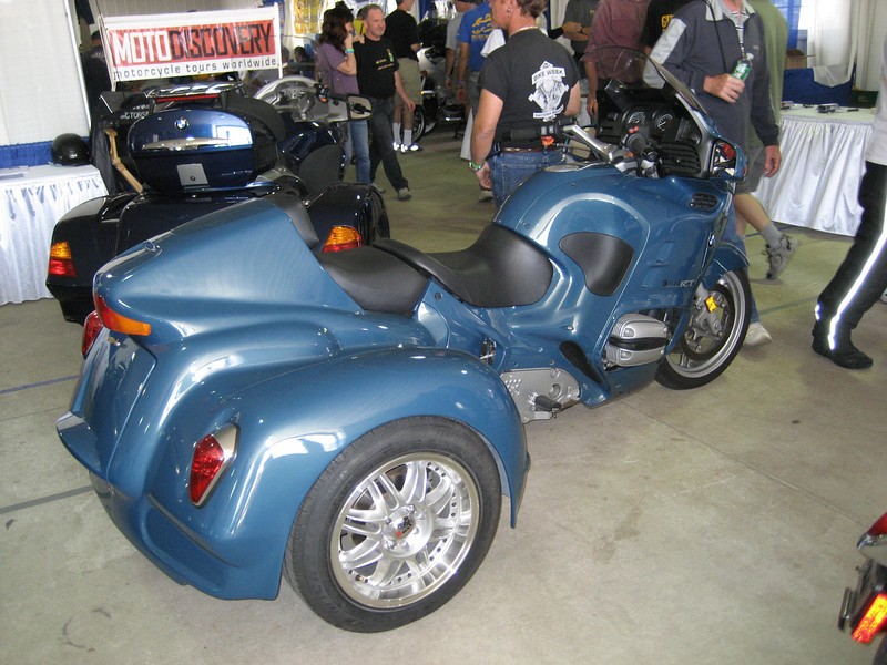specialty bikes...nice RT conversion trike.