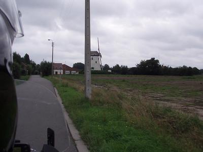Witte Molen in Roksem - Oudenburg. Voor meer info, zie  http://www.molenechos.org/molen.php?AdvSearch=896