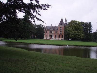 Het Kasteel d'Aertrycke in Torhout. Voor meer info, zie  http://www.kasteeldaertrycke.be/