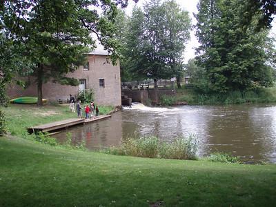 Restaurant 't Meulezicht ,Watermolen 10, 2470 RETIE, De kajak vertrekplaats zie,  http://www.kempenkayaks.be