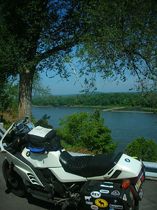 Overlooking the mighty MO at Herman, MO.