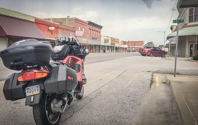 Lockwood, MO. Before the rain.