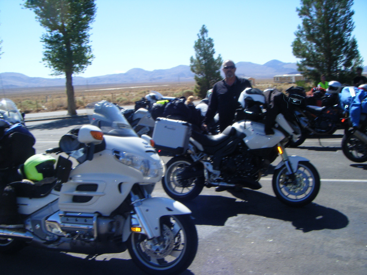 Rest stop south of Lone Pine