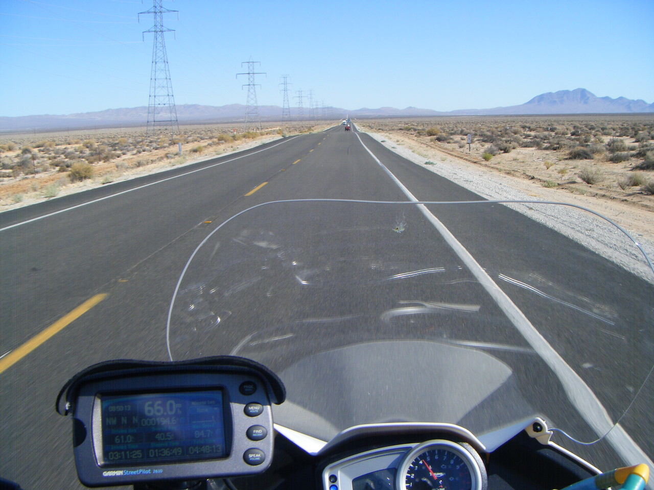 Lining up north on the 395 to Owens Lake for the nite
