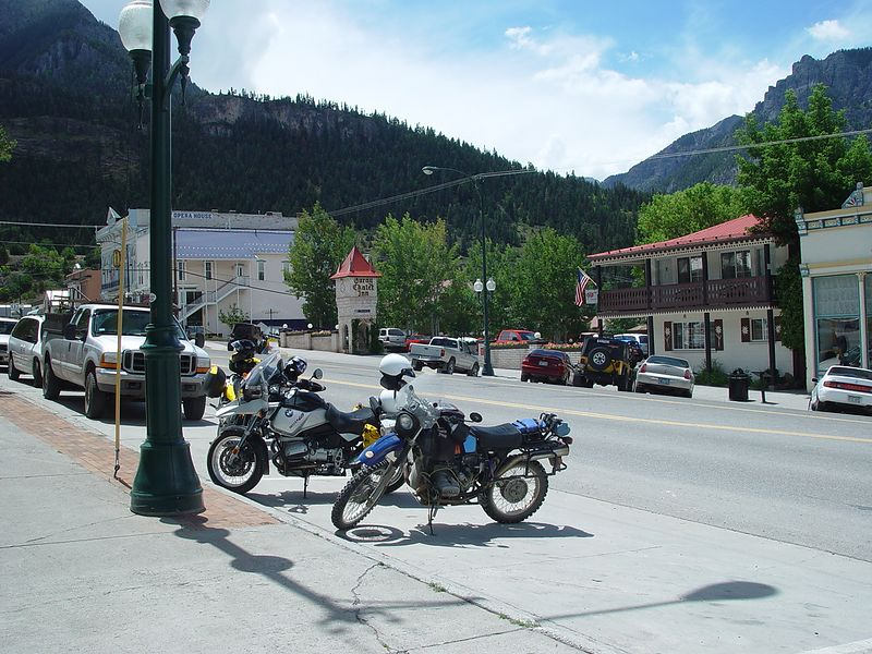 Don's R1150GS and my R80G/S, in downtown Ouray.