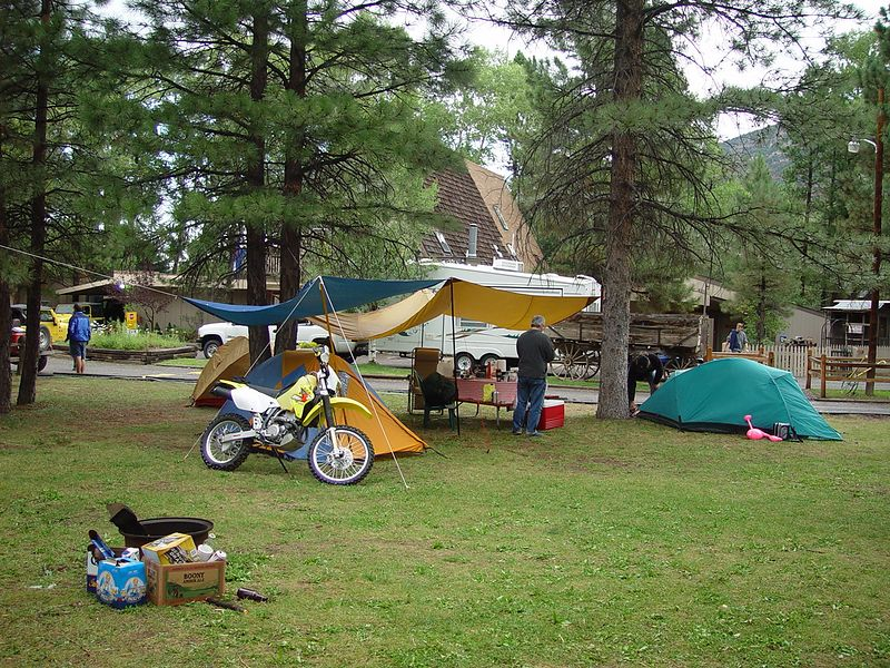 More ADV-Riders camped.