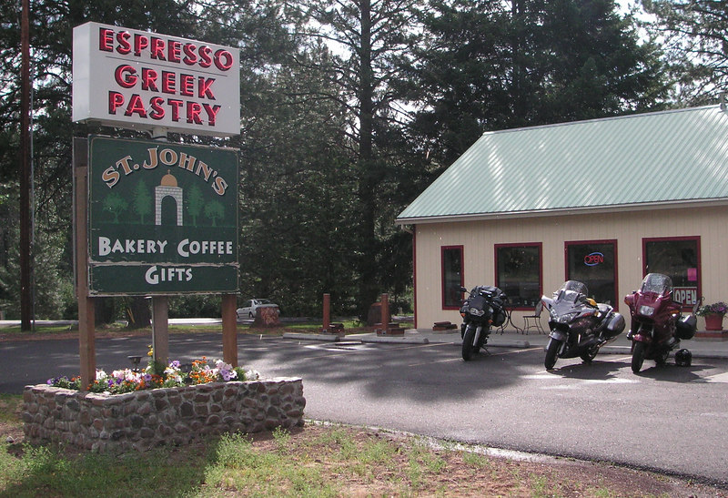 Pastries and rocket fuel near Satus Pass, WA