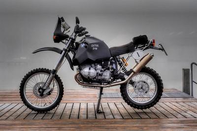 "R100 ""Dirtbikes"""