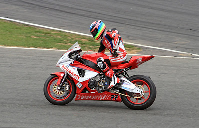 Barry Burrel, Buildbase BMW Motorrad. BSB Superbikes wind down lap Race 1.