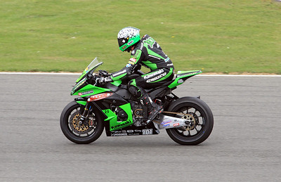 Gary Mason, MSS Colchester Kawasaki. BSB Superbikes wind down lap Race 1.