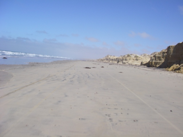 almost 3 hours later we were rolling again down the beach, headed for the arroyo that would lead us back to the road.