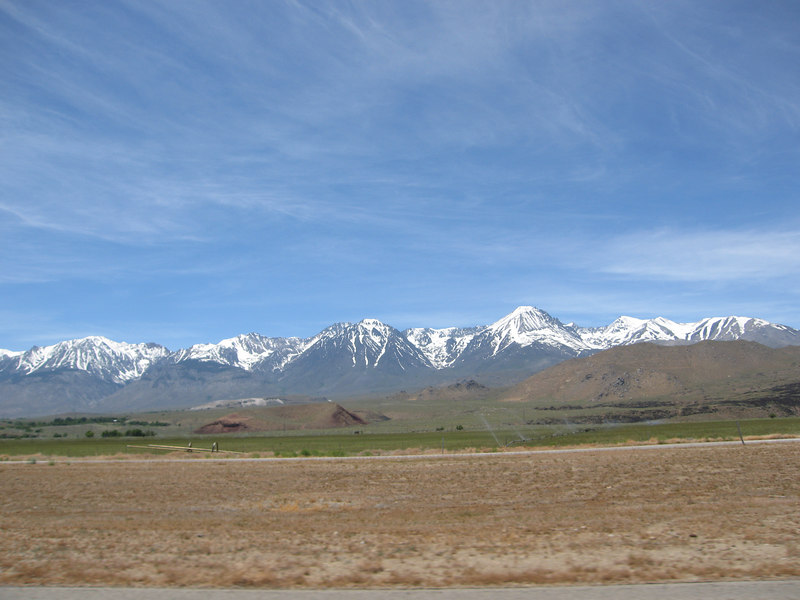 Heading north on 395, looking west at the Eastern Sierras.