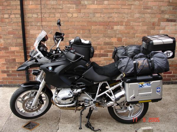 Bike loaded for a weekends camping at Beaulieu.
