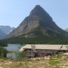 Many Glaciers Lodge