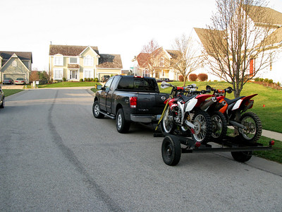 Bikes are loaded.  It's about 55 degrees out and no clouds around.  It is going to be a beautiful day to ride.