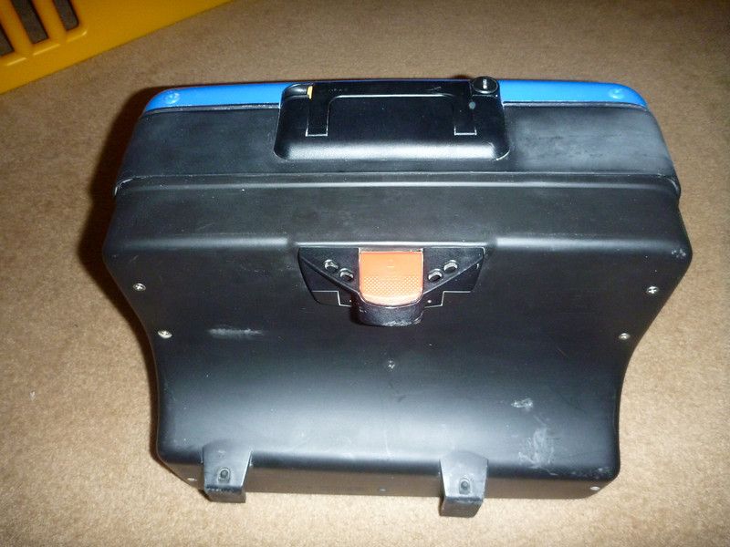 item: BMW Vario 20 to 31 - Liter Expandable Side Cases for the F650 and GS, custom painted to match the blue of the bike using OEM blue paint. can of paint is included in price.<br /> <br /> part #: 71 60 7 661 765 (LEFT)  71 60 7 661 766 (RIGHT)<br /> <br /> list price: $371 /each<br /> <br /> condition: good, minor nicks / scratches from use. silver on the photos is the original silver paint showing through the blue that was put on from previous owner. only thing broken is one side of the opening string on the right case that keeps the case from falling open while mounted to bike. all locks function normally, with a spare key to open them, as well as the original set of keys if you want to have the cases re-keyed (they were keyed to my ignition key)<br /> <br /> price: sold