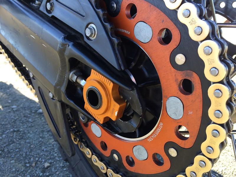 CJ Axle Adjuster Blocks, KTM SuperSprox 45T, Gold 525VX Chain