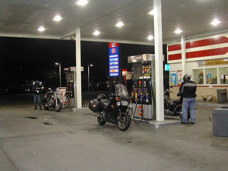 My old Concours at the starting gas stop for the Spoke 'N' Word SaddleSore 1000 ride in 2004