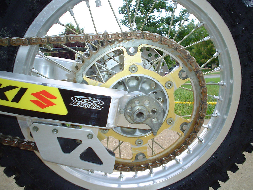 2002 DRZ250<br /> New Stealth aluninum and steel sprocket with RK X-Ring chain