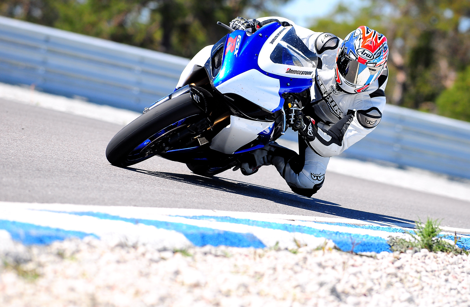 Marcus riding his GSXR600, Gotland Ring 2008