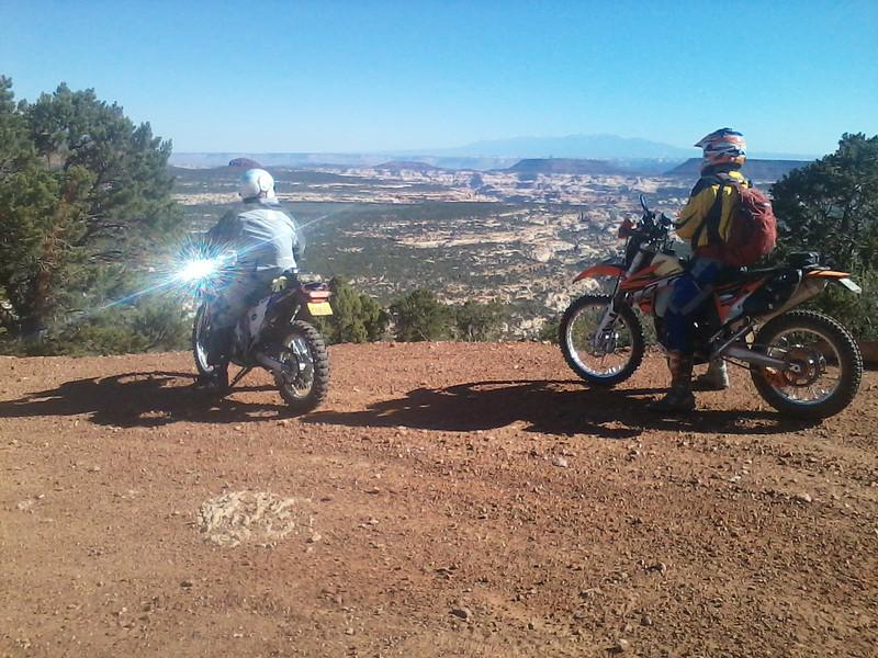 Gary and Jay on road heading down Elk Ridge towards Beef Basin